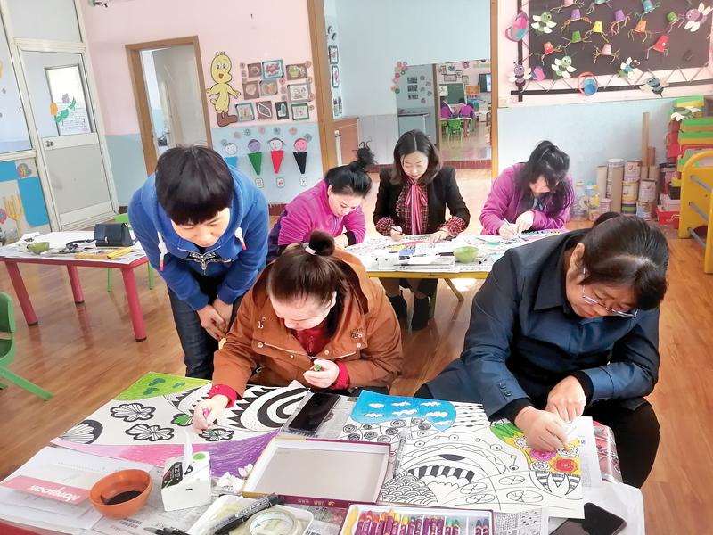 辛兴幼儿园展示创意美术教学