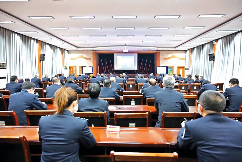 阳泉一监组织收听收看宪法知识专题视频讲座