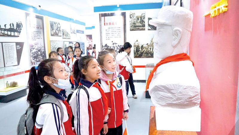 开发区实验小学举行红色研学活动