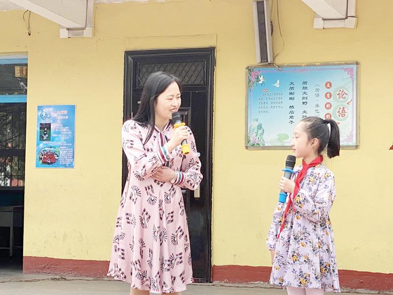小河滩小学开展读书节系列活动