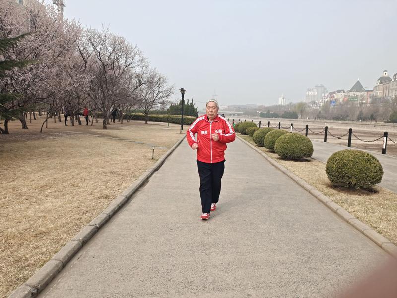 因为热爱,所以坚持——记市长跑健身协会会员董存林