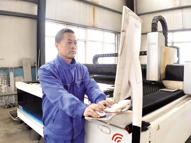 以创新促技改 铸就工匠精神——访山西建工申华暖通设备有限公司生产负责人郗志刚