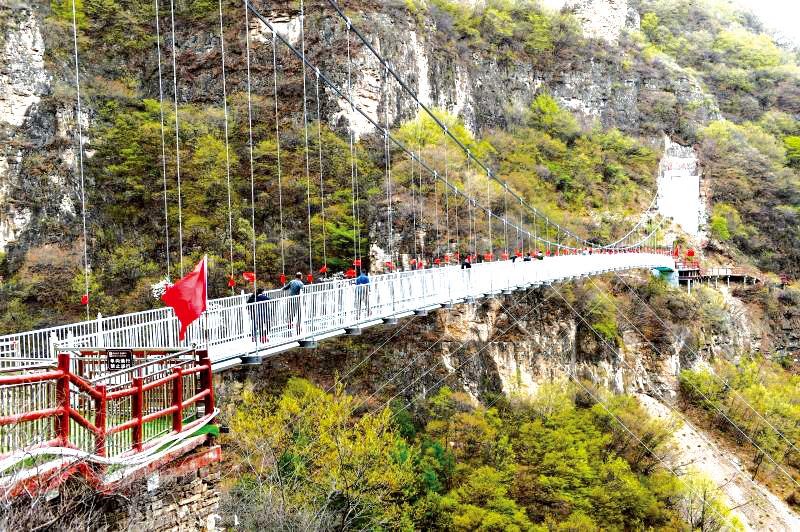 藏山风景区总经理韩国瑞介绍,为了回馈广大游客,藏山风景区特别