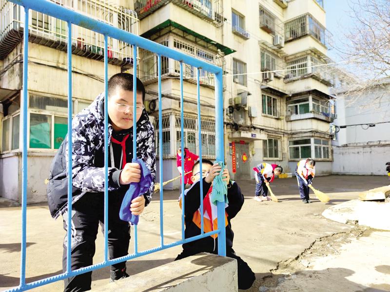 朝阳街社区:小学生进社区体验生活
